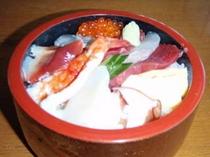 富寿司の「ちらし鮨」
