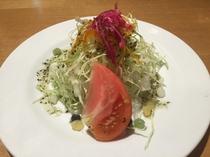 土用亭のサラダ