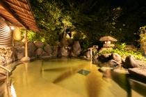 【温泉】木肌の湯「浮殿」夜の露天