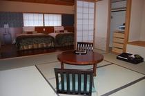 3階レトロ和洋室