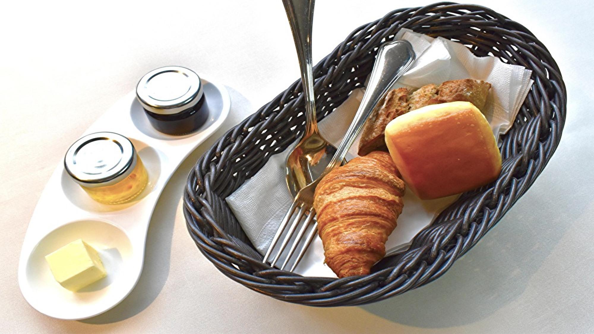 ■朝食(フレンチブレックファスト)■