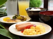 ★朝食ビュッフェ