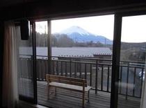ダイニングからの富士山