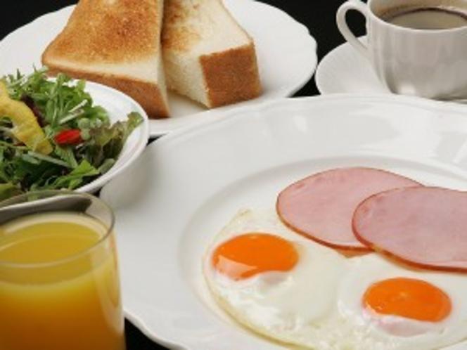洋朝食☆ トーストお替わり自由です