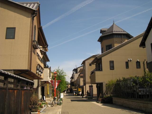 ◆四番町スクエア◆キャッスルロード内にあり大正時代の町並みを再現しています。
