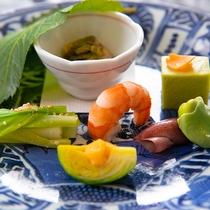 会席イメージ※表示画像はイメージです。季節などによりお料理内容が変わります。