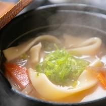 【ご朝食・団子汁】※表示画像はイメージです。季節などによりお料理内容が変わります。