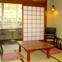 *【和室7.5畳一例】街側の和室です。ゆっくりお寛ぎください。