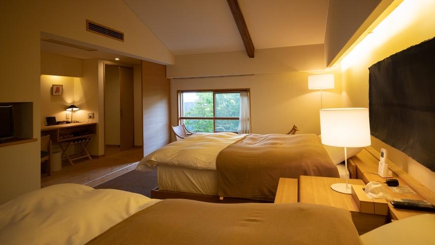 *【Room1・洋室】間接照明が優しい落ち着いた空間