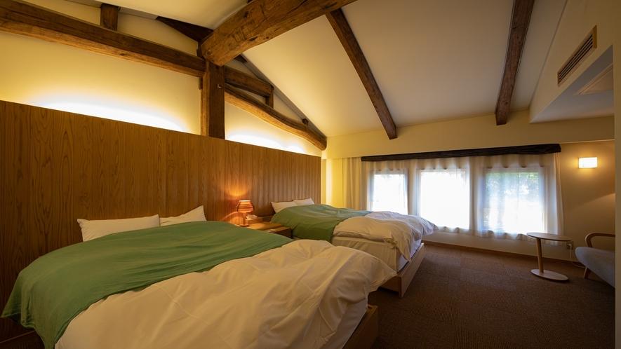 *【Room2・洋室】ダブルベッドが2台あるお部屋