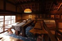 【館内/喫茶 わらべ】2階席