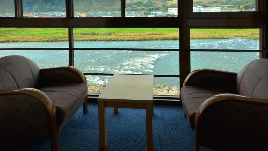 川側の客室からは筑後川を眺めることができます ※お部屋の指定はできません