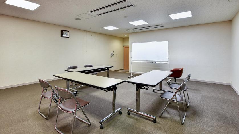 *【会議室/鶴見】50.8平米の会場。会議や研修利用におススメです。