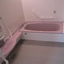 客室完備のトイレ・バス