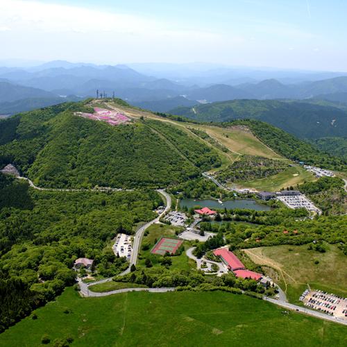 茶臼山高原空撮