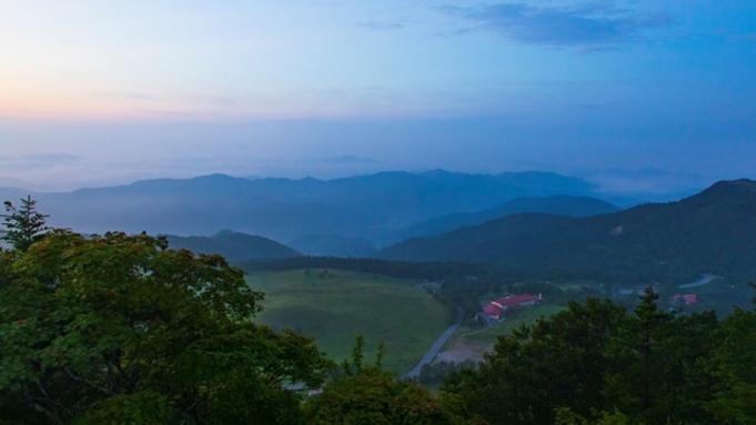 避暑で人気の夏休みシーズン限定!【2021年度】茶臼山高原 夏色ビュッフェ