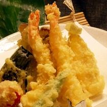 【一品料理】 天ぷらの盛り合わせ