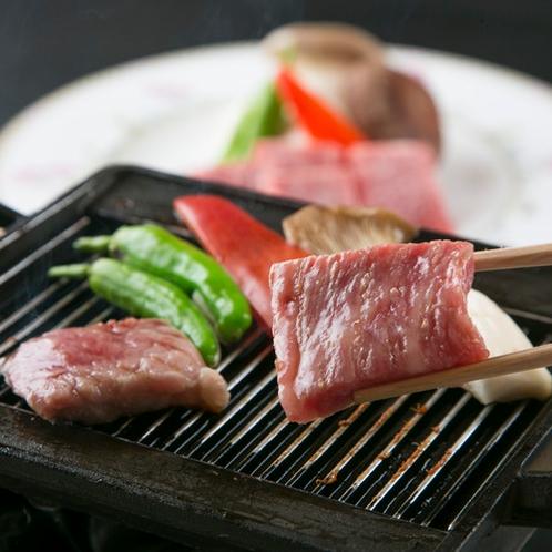 鳳来牛のステーキ