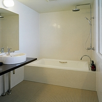 最上階10階 ツインルーム海側 バスルーム
