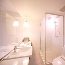 シングルルーム トイレ・洗面