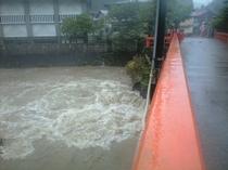 台風時の観音橋