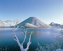 初冬の榛名富士