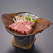 A5等級の飛騨牛朴葉味噌ステーキ(一例)