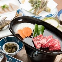 *【夕食一例】熊野牛の鉄板焼き