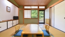 *【和室8畳(一例)】龍神産の檜を使った落ち着いた和室です。