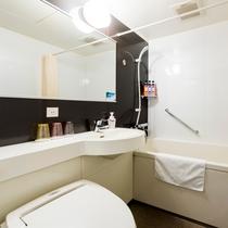 <スタンダードトリプル バスルーム>