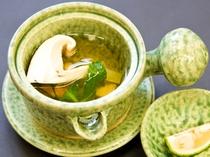 松茸土瓶蒸し 6