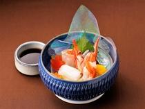 【お造里】山陰浜田港鮮魚四種盛り合わせ あしらい一式