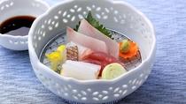 【お造里/夏】山陰浜田港鮮魚四種盛り合わせ あしらい一式