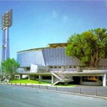 ■藤崎台県営野球場<お車で約30分>