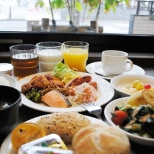 朝食バイキング一例 和洋どちらでも満足間違い無しです♪