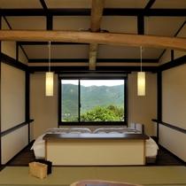 【準特別室】眺望の良い客室露天で温泉を満喫した後はシモンズ社のヘブンリーベッドでくつろげます。