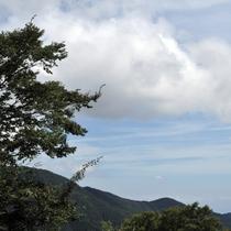 外輪山の景色を露天風呂からご覧になれます。