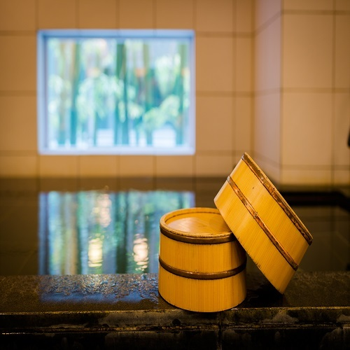 【天然温泉】ブランド材「東濃ヒノキ」の間伐材で岐阜県東白川村を応援