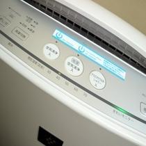 【加湿機能付き空気清浄機】心地よい目覚めのために、空気に潤いとマイナスイオンを
