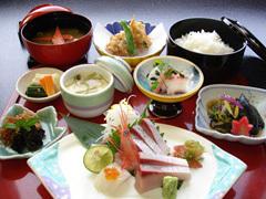 本館和食「近江町市場の夕ご飯」