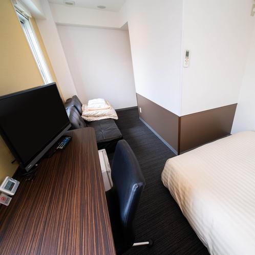 【トリプルルーム】全室150cm幅ワイドベット+90cm幅ロフトベット、ソファーベッド
