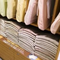 パジャマは1階にフリーサイズで準備しております!