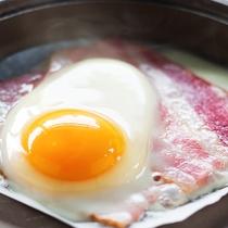 ■朝食-目玉焼き-■