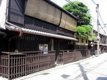 祇園新橋の町屋風情