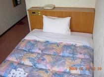新館3階ベッド
