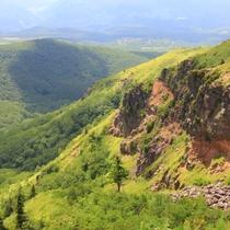 根子岳から四阿山までの景色2