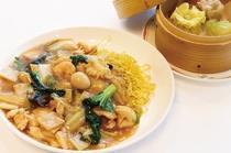 【ご夕食】点心セット・五目スープそば 又は 五目焼そば&点心