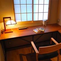 お部屋「丹頂」―書斎―