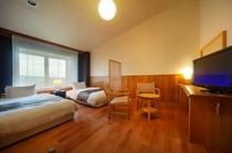 【スタンダードツイン(29.7㎡)】木の温もりに溢れたスタイリッシュなお部屋です