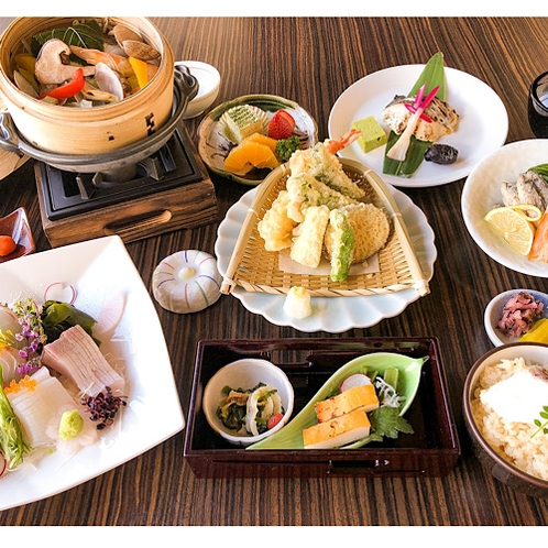 【彩りびざん】ご夕食イメージ写真